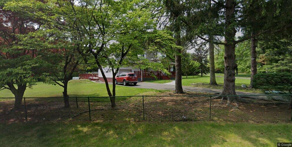 4 Parkway Dr, New City, NY 10956