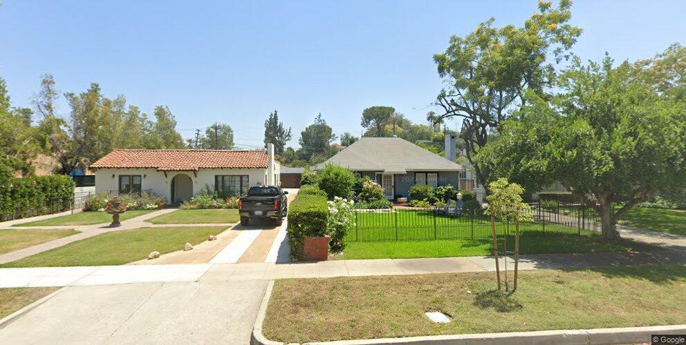 40 Arlington Dr, Pasadena, CA 91105