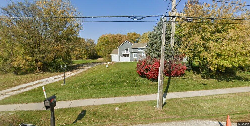4017 N Johnsburg Rd, Mchenry, IL 60051