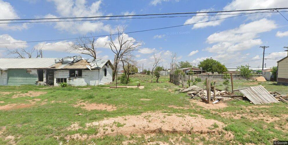 403 Milwee St, Plainview, TX 79072