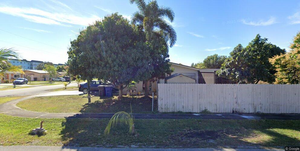 4191 NW 45th Ave, Lauderdale Lakes, FL 33319