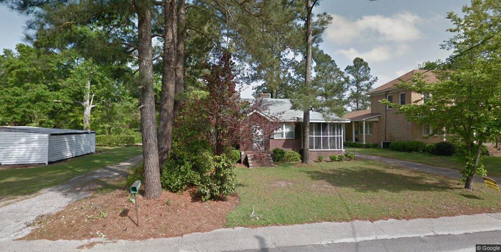 460 Hampton St, Elloree, SC 29047