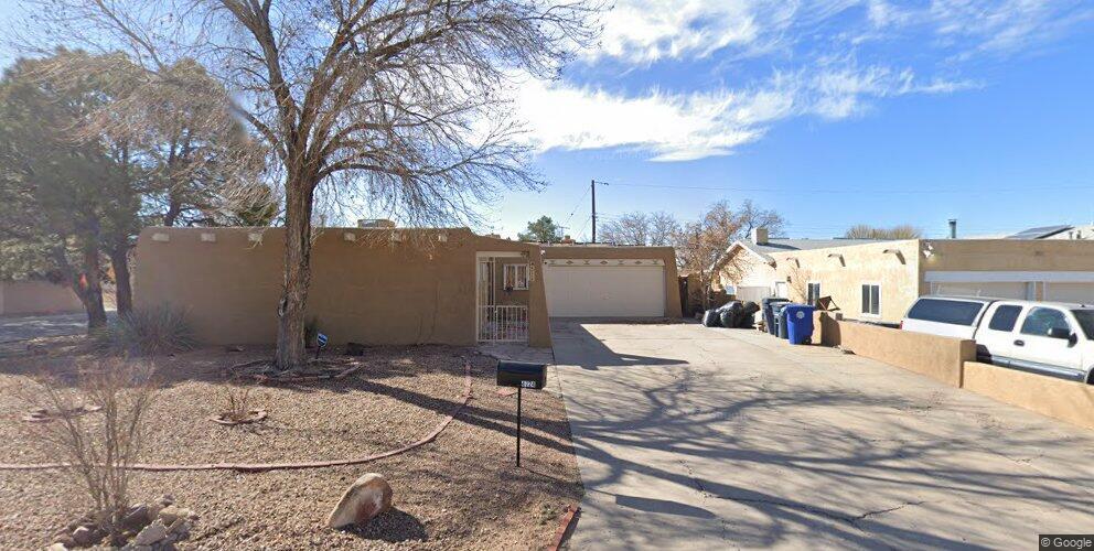 4724 Hilton Ave NE, Albuquerque, NM 87110