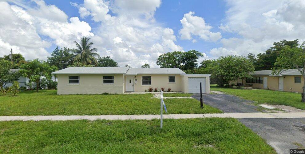 4784 NW 4th St, Plantation, FL 33317