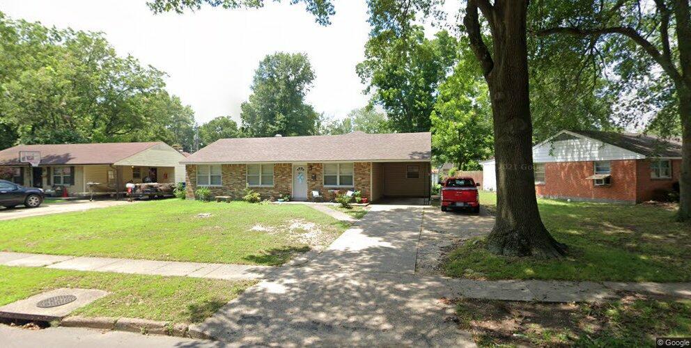 513 S Roselawn Dr, West Memphis, AR 72301