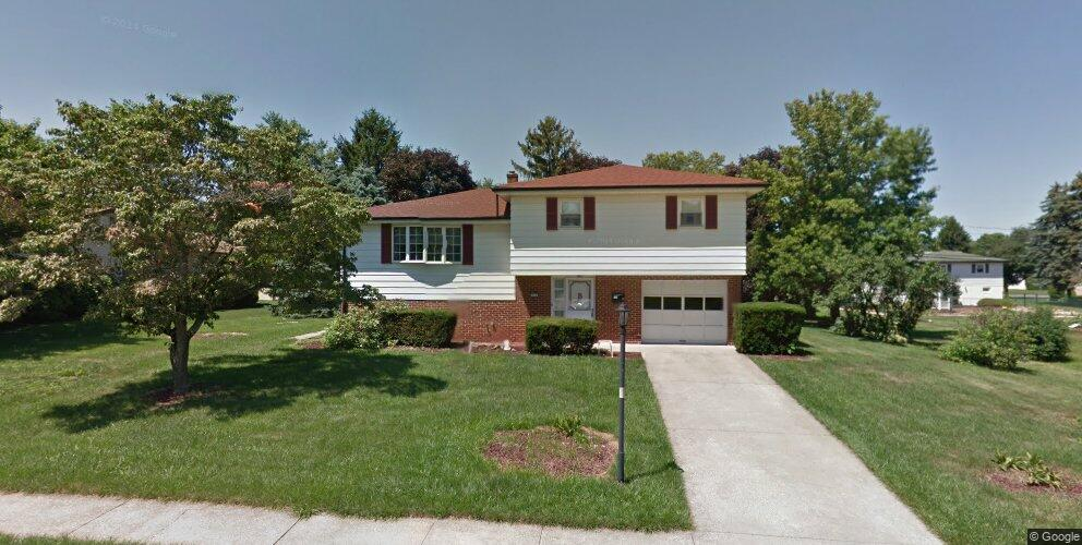 516 Clermont Dr, Harrisburg, PA 17112