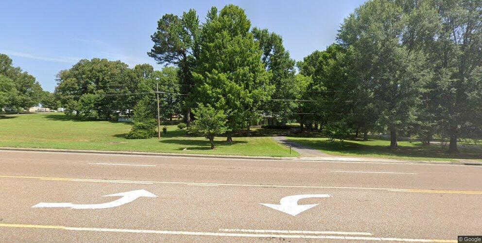 5296 Goodman Rd, Horn Lake, MS 38637