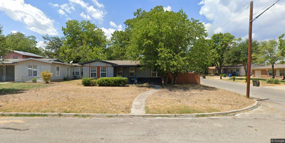 53 Ewing Pl, San Antonio, TX 78201