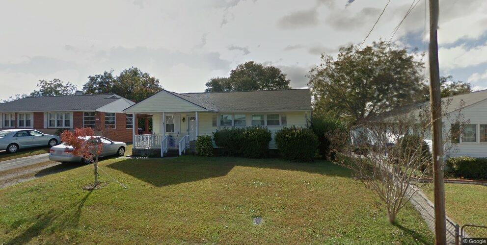 609 W Broad St, Swansboro, NC 28584