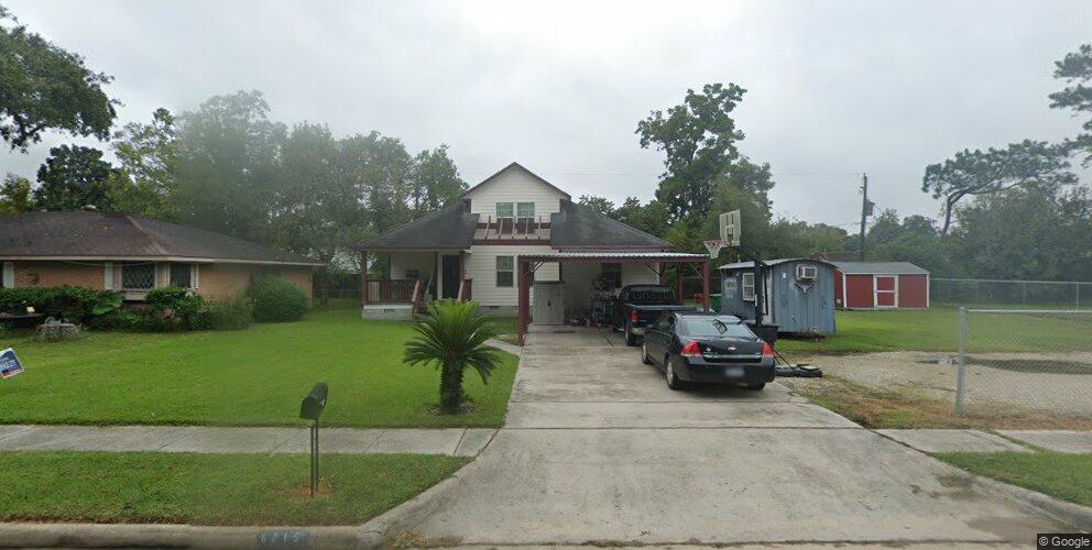 6215 Grey Oaks Dr, Houston, TX 77050