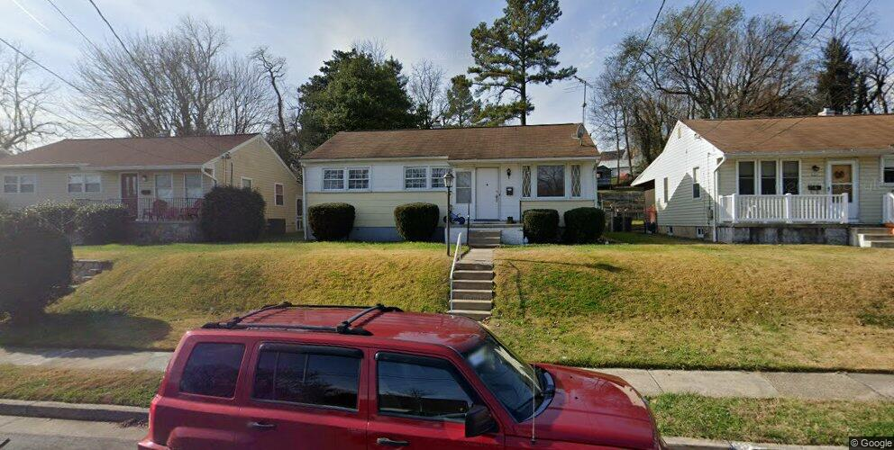 625 Longview Dr, Catonsville, MD 21228