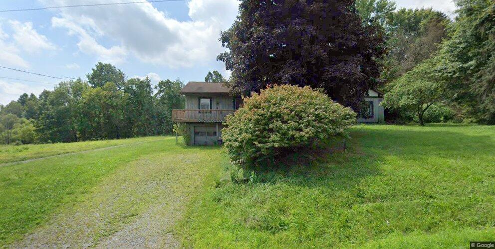 636 Wilson Mill Rd, New Castle, PA 16105