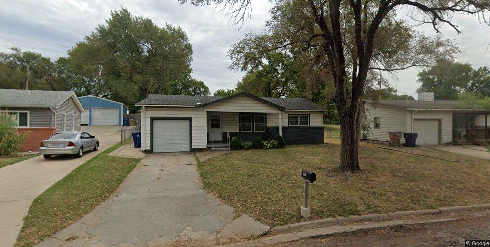 6420 N Randall Dr, Park City, KS 67219