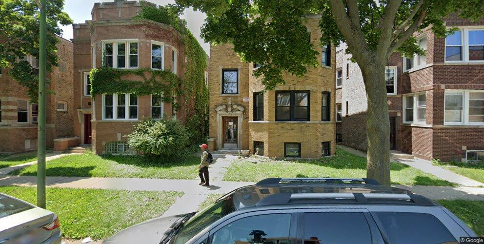 6444 N Rockwell St, Chicago, IL 60645