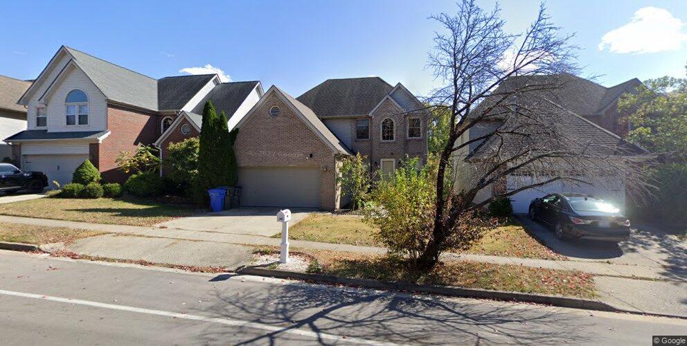 652 Millpond Rd, Lexington, KY 40514