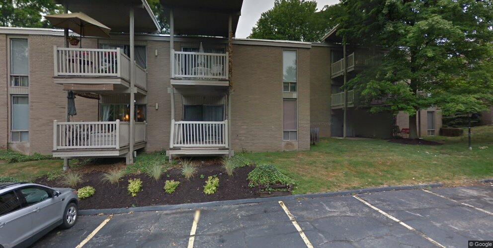 6570 Chaffee Ct #1-H, Brecksville, OH 44141