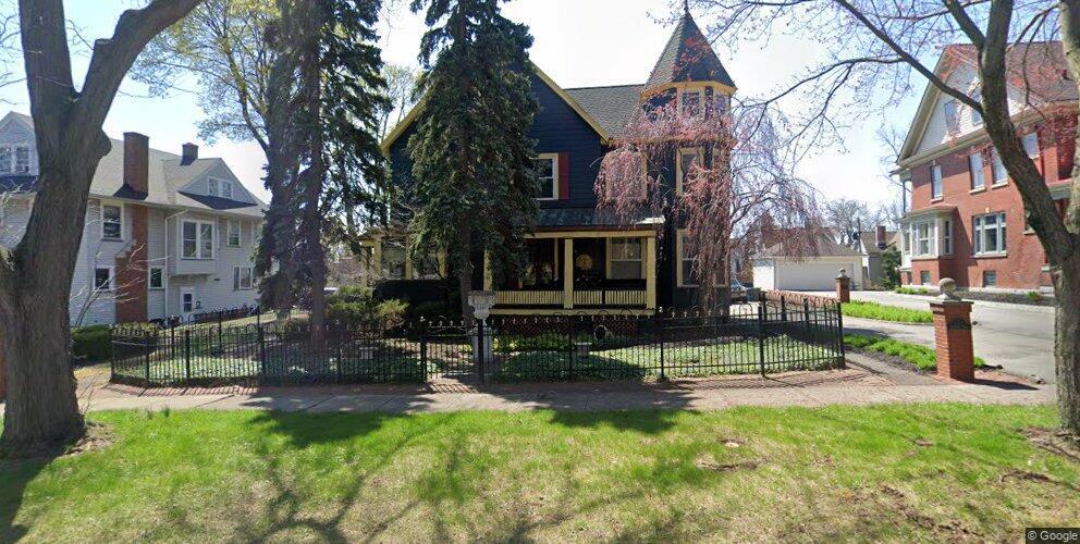 7 Lake View Park #14613, Rochester, NY 14613