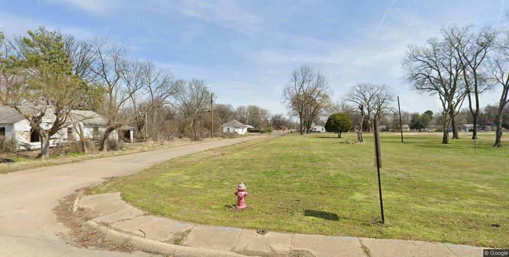 709 S 16th St, West Memphis, AR 72301