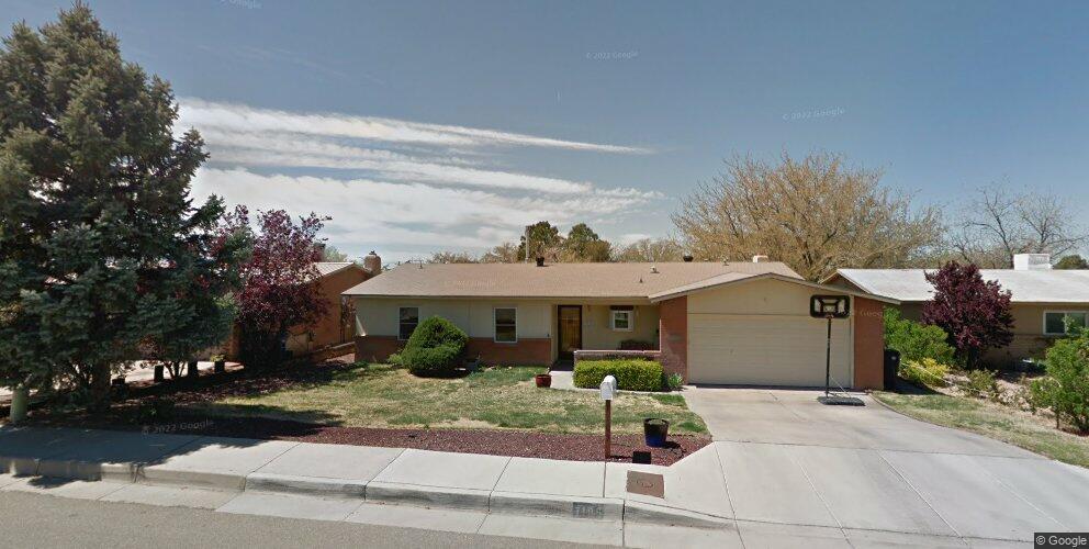 7105 Leona St NE, Albuquerque, NM 87109