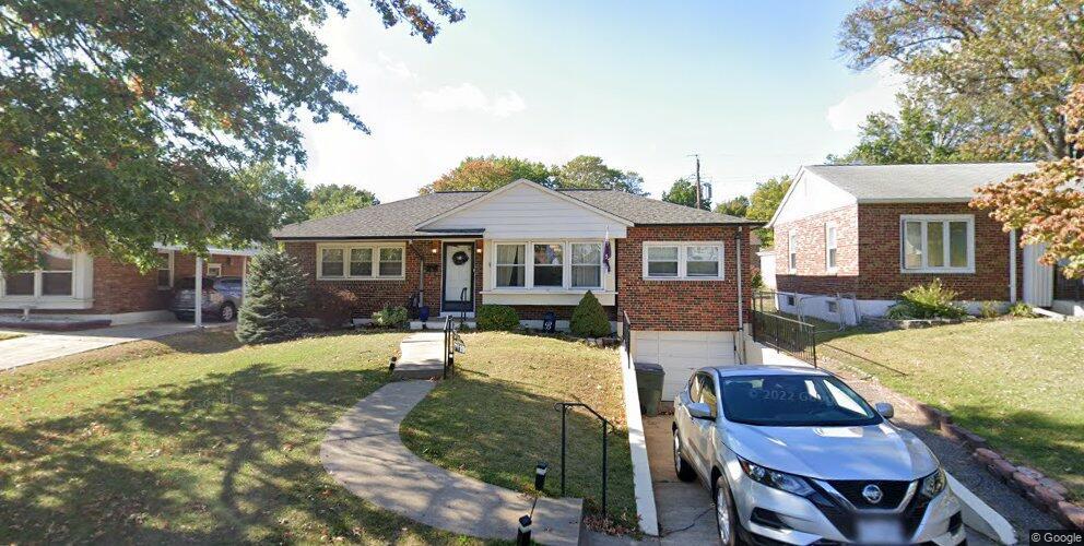 7119 Coronado Ave, Saint Louis, MO 63116