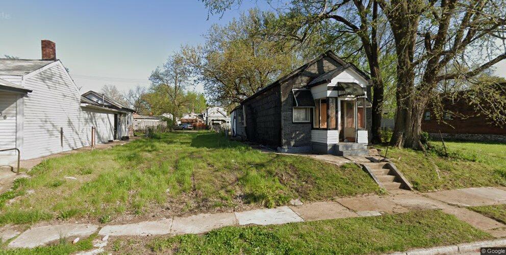 7142 Idaho Ave, Saint Louis, MO 63111