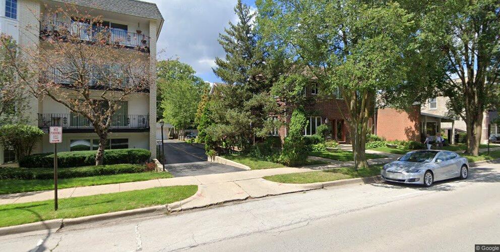 717 Ridge Rd #2, Wilmette, IL 60091