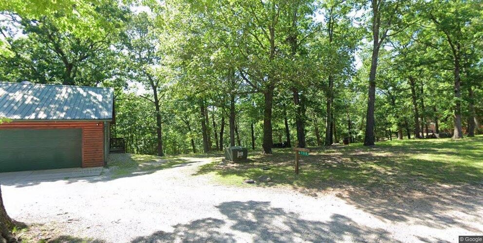 730 Lake Forest Dr, Eureka Springs, AR 72631