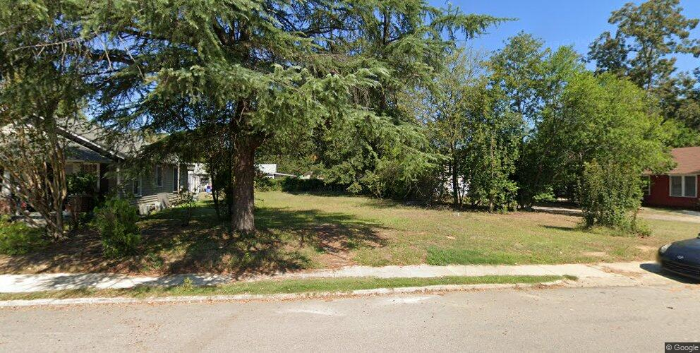 738 Holland Ave, Cayce, SC 29033