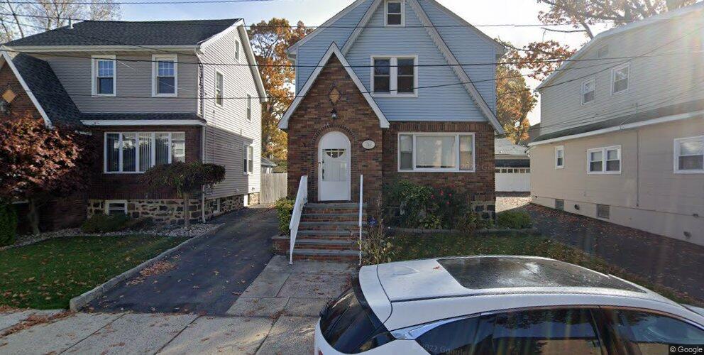 744 Jefferson Ave, Cliffside Park, NJ 07010