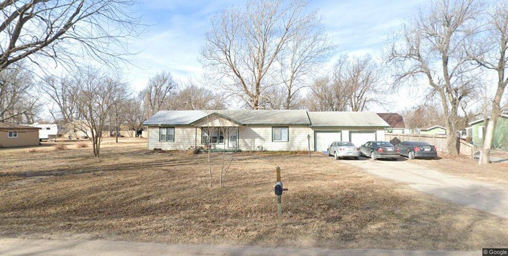 7447 S Ida Ave, Haysville, KS 67060