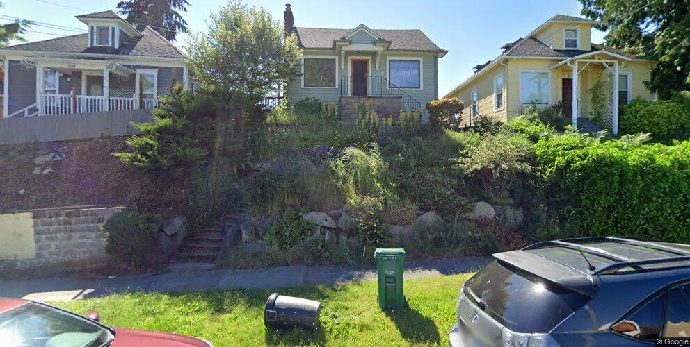 7751 Corliss Ave N, Seattle, WA 98103