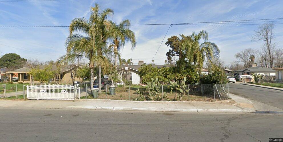 800 6th St, Bakersfield, CA 93304