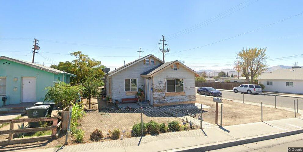800 E Merced St, Avenal, CA 93204