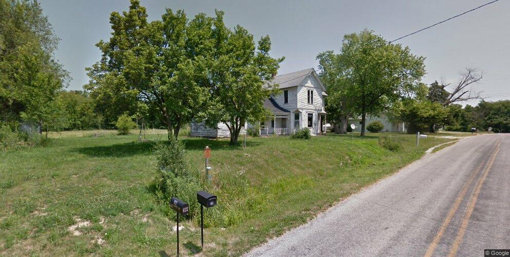 818-822 County Rd #80, Mendon, IL 62351