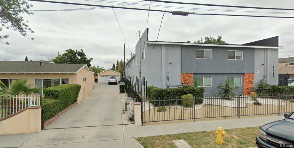 8206 2nd St, Paramount, CA 90723