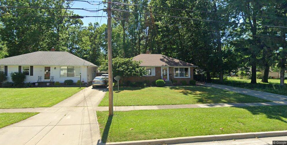 838 Bryn Mawr Ave, Wickliffe, OH 44092
