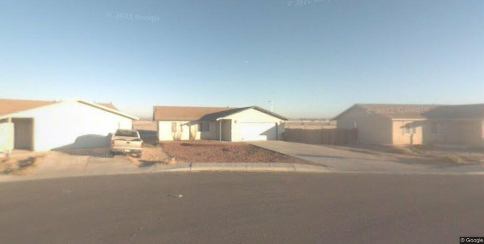 8676 E 38th Pl, Yuma, AZ 85365