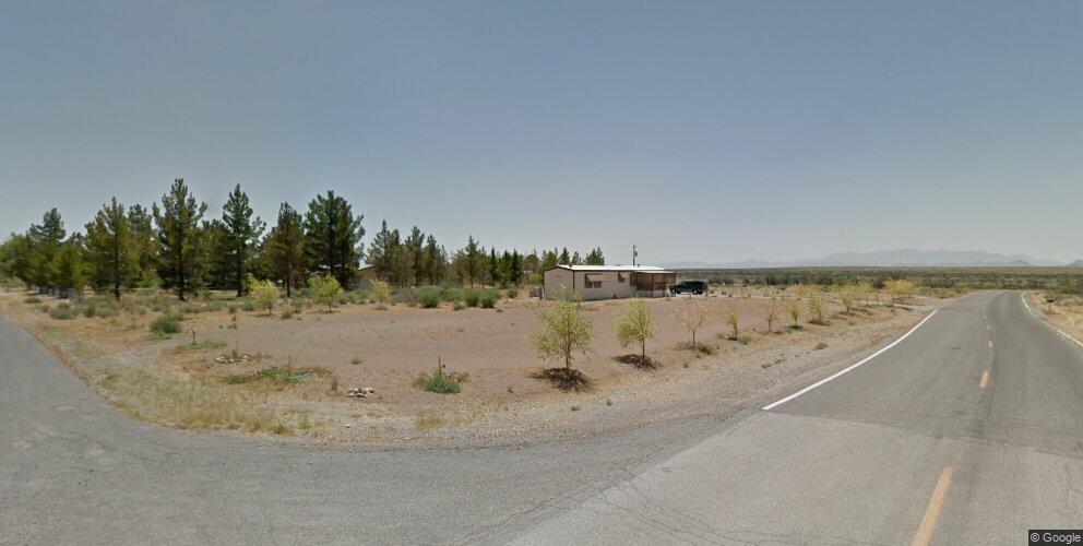 881 Carson St, Pahrump, NV 89048