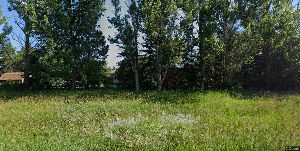 9050 Apple Creek Rd, Bismarck, ND 58504