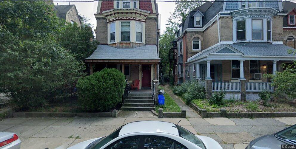 906 S 47th St #2, Philadelphia, PA 19143