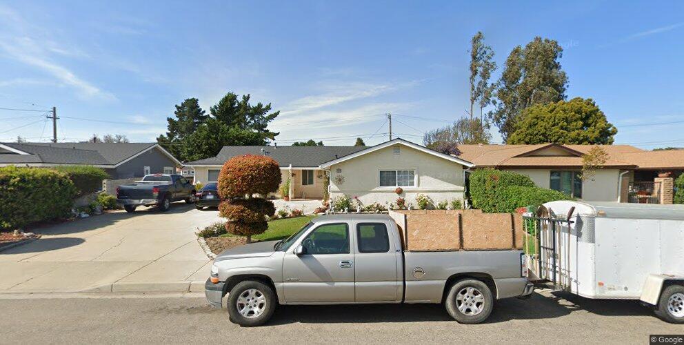 909 E Bush Ave, Lompoc, CA 93436
