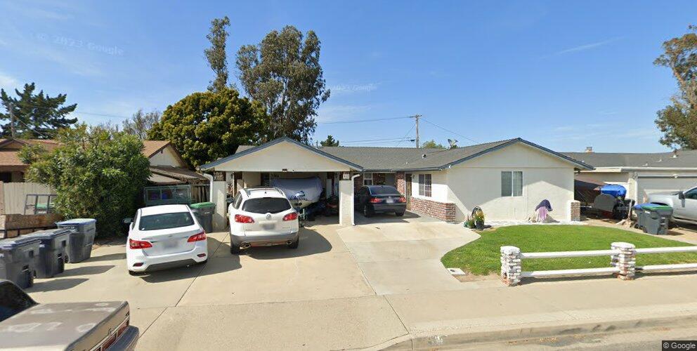 917 E Bush Ave, Lompoc, CA 93436
