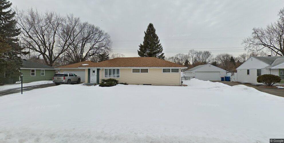 9636 Columbus Ave S, Bloomington, MN 55420