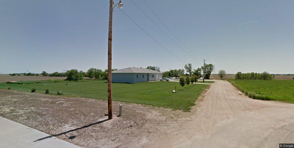 9855 Lincoln Ave, Holstein, NE 68950
