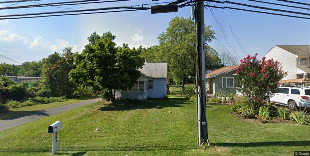 9874 Bird River Rd, Middle River, MD 21220