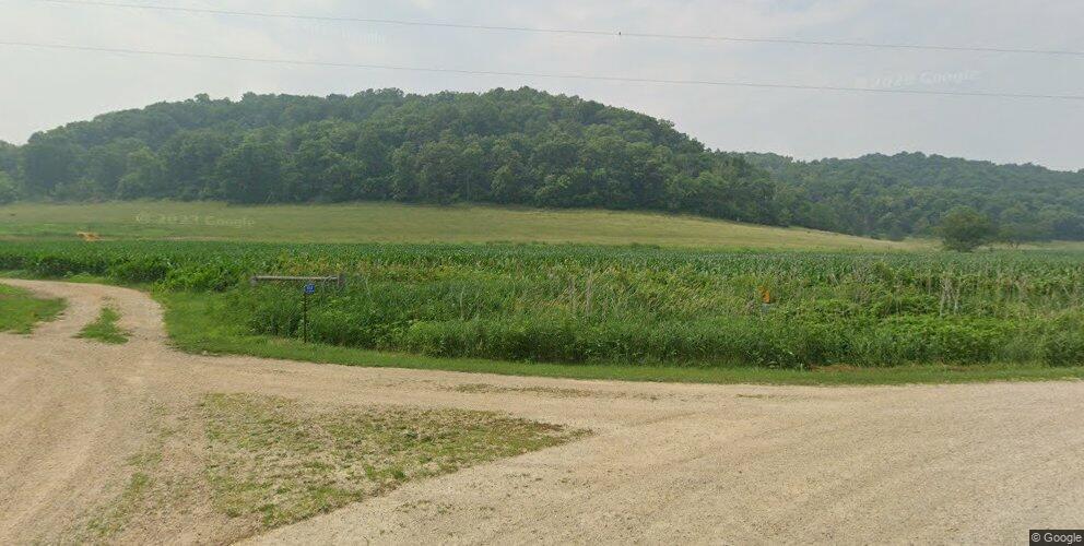9969 Mound Prairie Dr, Houston, MN 55943